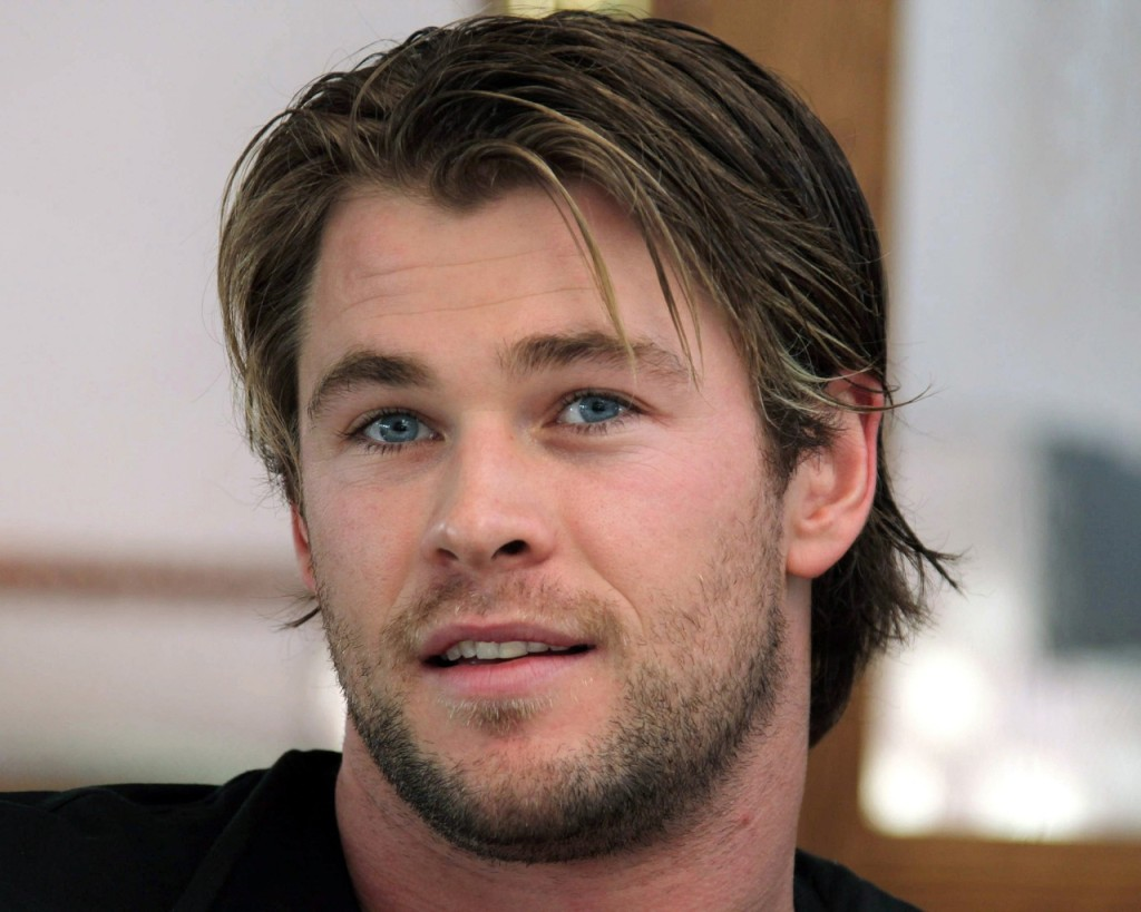 Chris Hemsworth x x